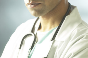 how-much-does-a-physician-assistant-pa-make-featured